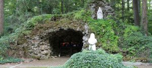 Our_Lady_of_Lourdes_Grotto